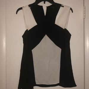 BCBG Maxazria blk and white blouse top